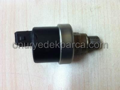 Renault Safran Laguna 2.0 N7Q 2.5 N7U Yağ Müşürü 7439180812 7700720978