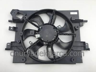 Duster Fan Motoru Fan Davlumbazı Komple 214811626R 214811312R
