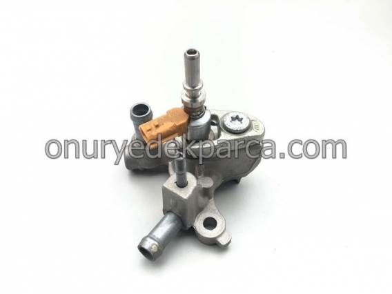 8200799672 8200926485 Renault Master 3 Trafic 2 Egzos Enjektörü