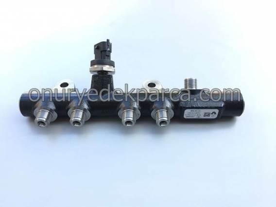 175215346R 8201157327 Renault Clio 4 Symbol Joy Sandero 2 1.5 Dci Enjektör Rampası Yakıt Dağıtıcı