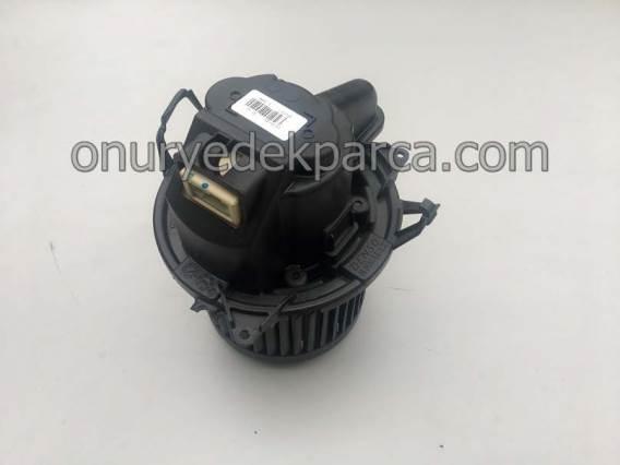 272103931R Dacia Lodgy Dokker Kalorifer Motoru Denso
