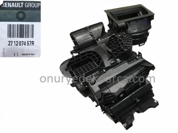 271207457R Renault Master 3 Kalorifer Kutusu